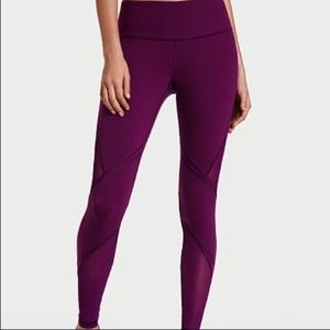 Knockout by Victoria's Sport Pocket Tight LARGE